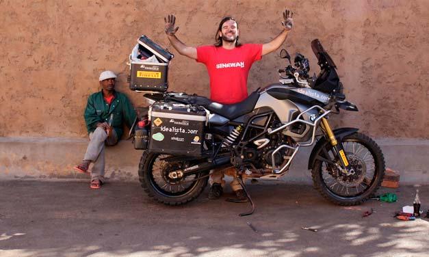 Charly Sinewan viajero incansable
